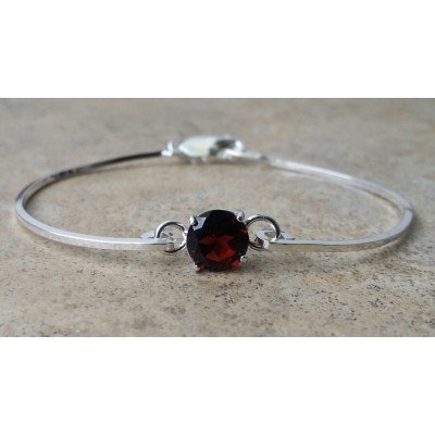 Garnet 8mm cuff bracelet in Sterling Silver