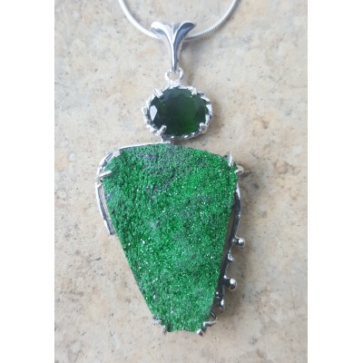 Uvarovite and Chrome Diopside Necklace