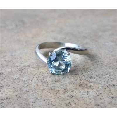 Aquamarine ring - Genuine Aquamarine in Sterling Silver or Gold - Engagement ring - March Birthstone - 19th Anniversary