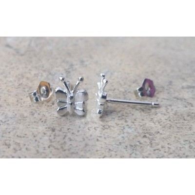 Butterfly stud earrings / Spring and Summer all year round earrings in sterling silver or gold.
