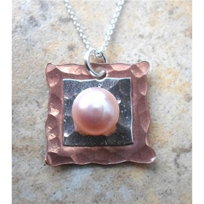 Copper and Silver white, Pink or Black pearl necklace